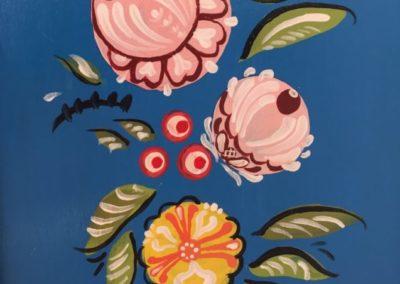 Relooking de meuble : Chiffonnier revu à la russe création originale Zaichik-DIY détail
