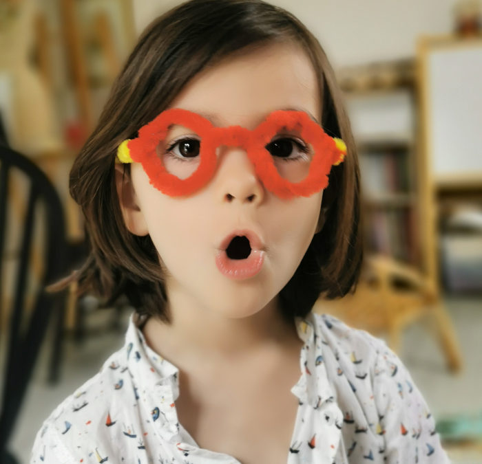 Jeu d'imitation : stand de jeu l'opticien lunetier – DIY